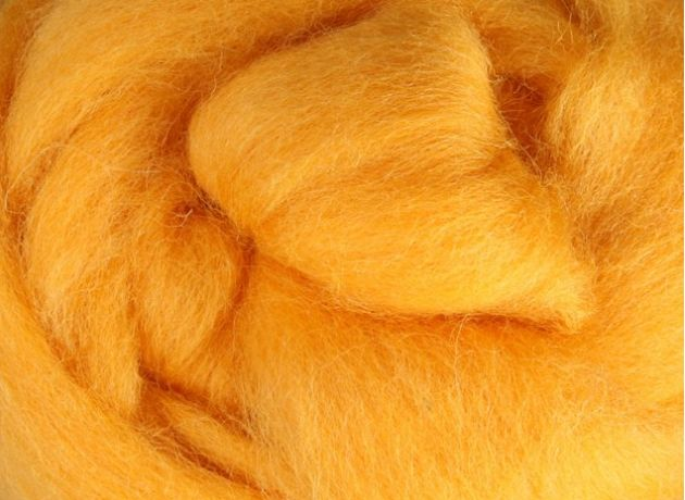 Corriedale Wool Sliver/Roving/Top - Cheesecake - 1kg