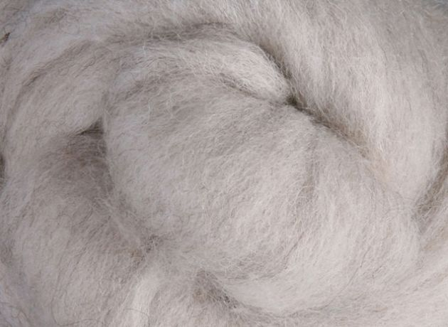 30 Micron Corriedale Wool Sliver/Roving/Top - Natural Light - 100g